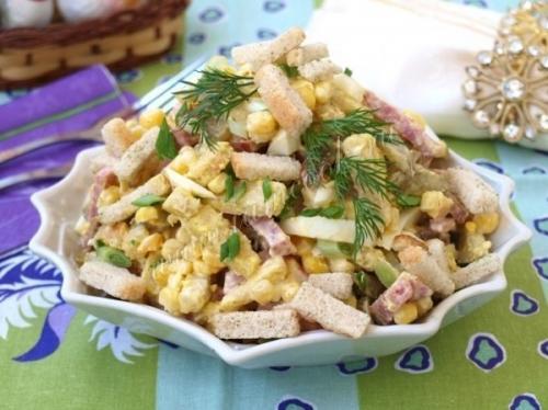 Фото рецепт салат с сухариками