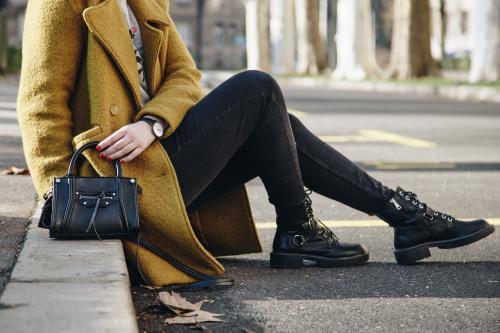 Сапоги и пальто, как сочетать. Актуальные варианты