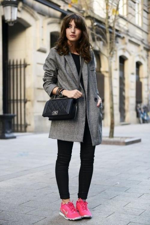 Что одеть с розовыми кроссовками. С чем носить розовые кроссовки