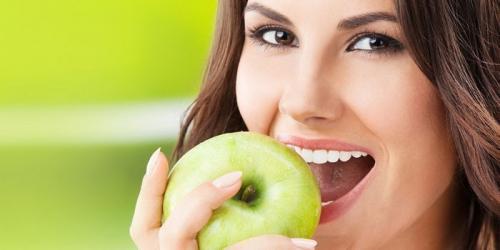Что можно перекусить на диете на ночь. Какие фрукты можно есть на ночь
