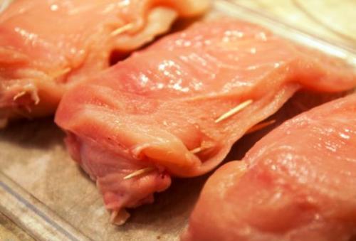 Куриная грудка с сыром на сковороде