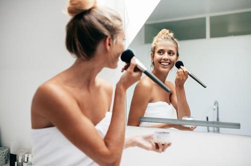 Быстрый макияж за 10 секунд. Собраться за 5 минут: 10 лайфхаков для самого быстрого макияжа