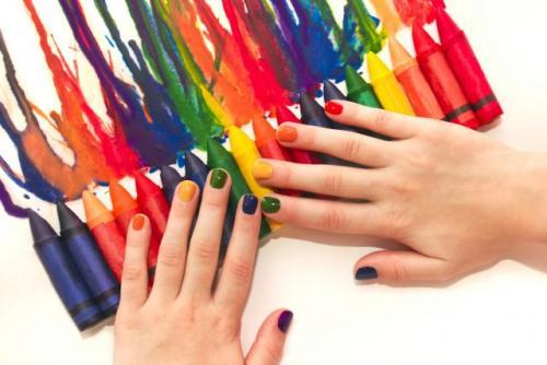 Какой цвет лака хорошо смотрится на коротких ногтях. Как выбрать лак для коротких ногтей: 5 главных правил