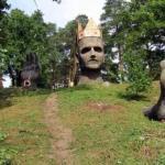 Ребята, побывал во владимирской области (колокша) у статуи головы.