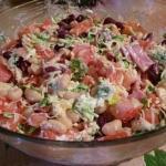 """Салат """"Обжорка""""?   Простой салат в приготовлении, без всяких изысков, но всегда идет на """"ура""""."""
