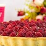 Нежнейший тарт с заварным кремом и ягодами?