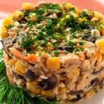 Салат с курицей и грибами: можно даже на ночь!