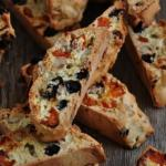 Бискотти.   Бискотти - это знаменитая итальянская сладость, которую очень легко приготовить в домашних условиях.