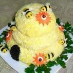 """Салат """"Пчелиный Домик""""."""