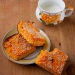 Творожная запеканка с морковью (100 гр - 77 ккал).