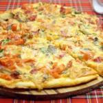 Тонкая пицца.  Простой способ приготовить тонкую пиццу такой, какой ее любят в Италии.